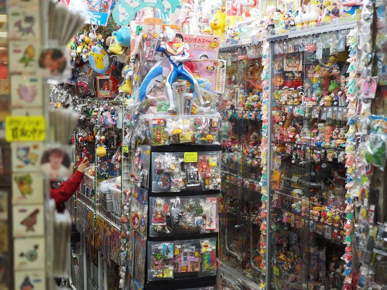 00147_0004_Nakano Broadway_The shop of cartoon figurines in Nakano Broadway_sub_pc.jpg
