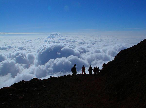 pemandangan dari gunung fuji