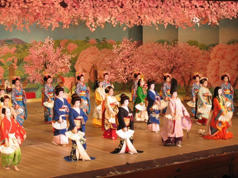geisha-di-kyoto-jepang