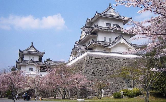 kota-ninja-jepang-iga-ueno-kastil-ueno