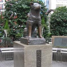 hachiko-patung