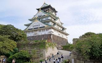 tour ke jepang ke osaka castle