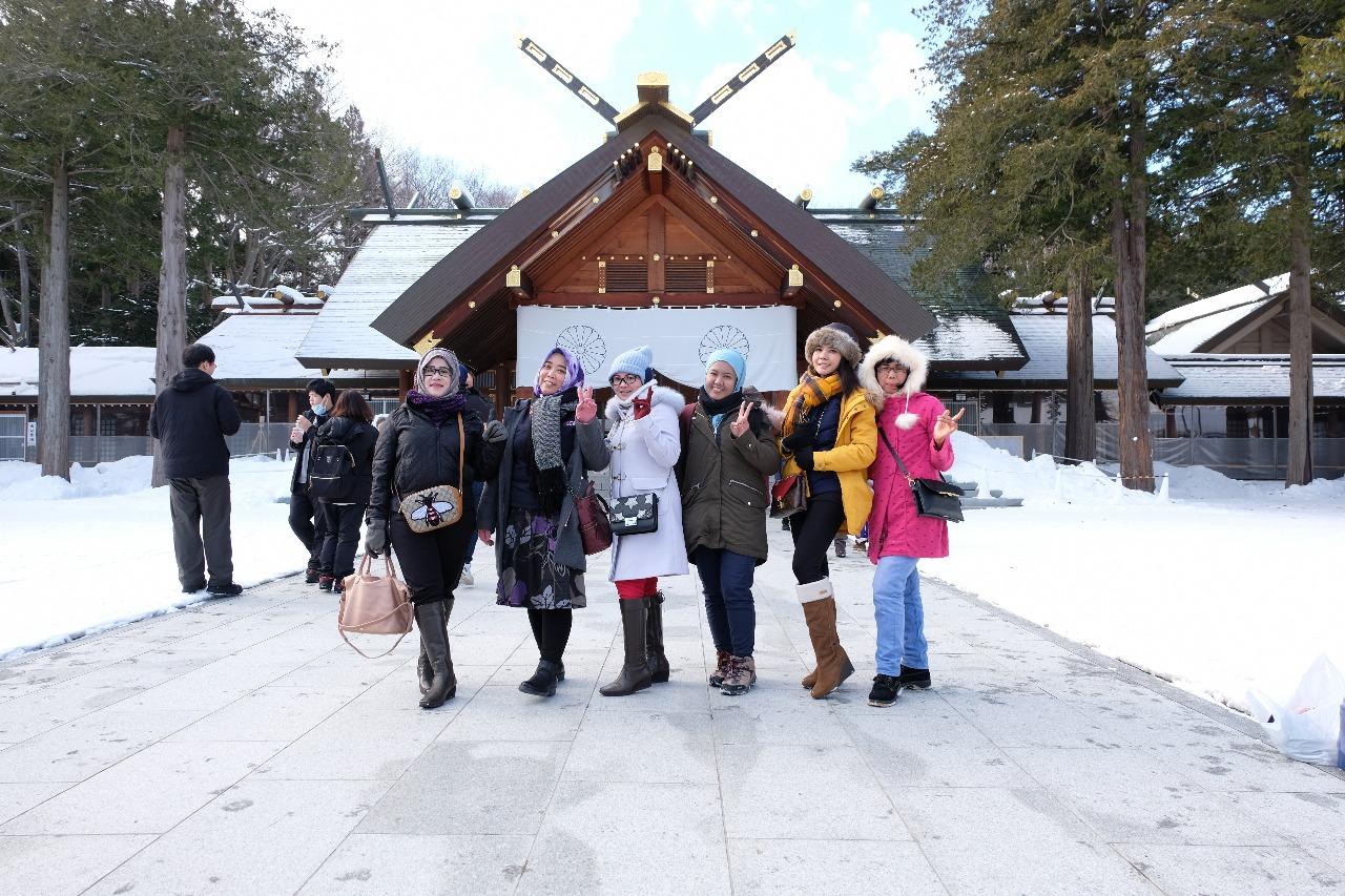 tour jepang festival musim dingin sapporo snow festival yuki matsuri (147)